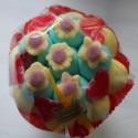 Bouquet de fleurs en bonbons jaune/bleu fleurs jaunes