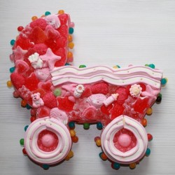 Landeau en bonbons rose petit modèle