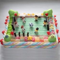 Terrain de football en bonbons