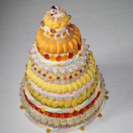 Pièce montée de mariage originale en bonbons blanc / jaune / orangé