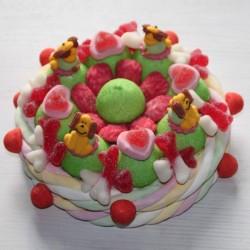 Gâteau d'anniversaire chiens en bonbons