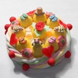 Gâteau d'anniversaire en bonbons abeille