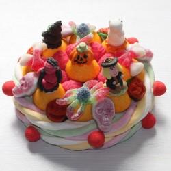 Gâteau Halloween en bonbons personnages en sucre