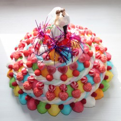 """Pièce montée de mariage en bonbons """" festival """""""