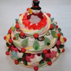 """Pièce montée de Noël en bonbons """" Le Noël enchanté """" avec son Bonhomme de neige lumineux"""