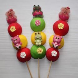 Brochette de bonbons cochon et grenouille
