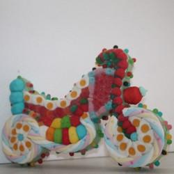 Moto en bonbons 3D