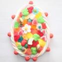 Oeuf de Pâques en bonbons et chocolats